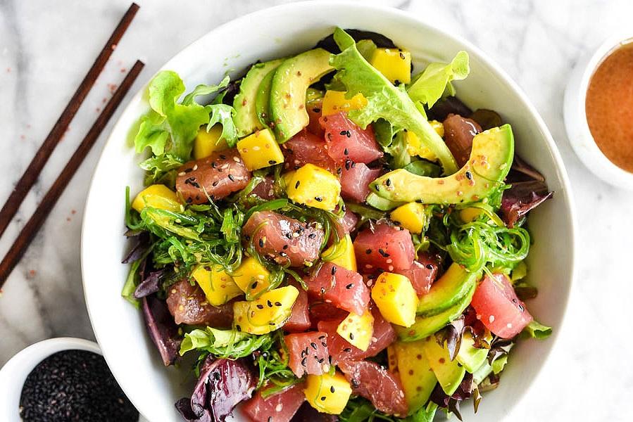 Feel Restaurant Ibiza tuna y mango salad